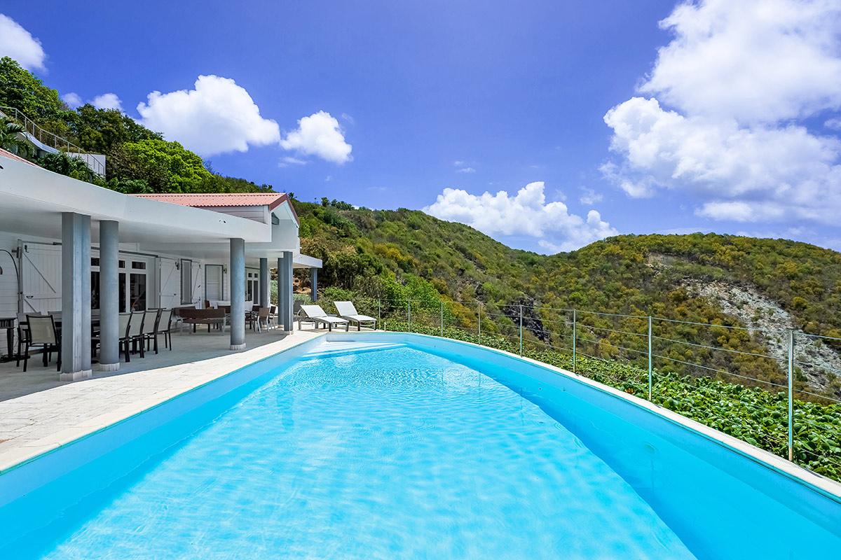 Bleu Outremer Villa